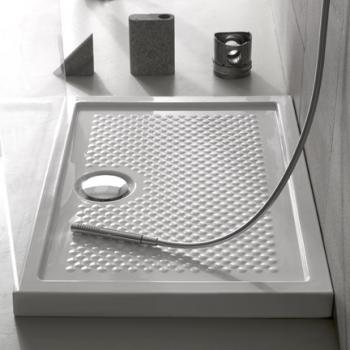 Piatto doccia 80x80 in ceramica. Installazione da appoggio o filo pavimento. Bianco lucido. Bianco opaco. Nero opaco .Portata di scarico 30 l-m